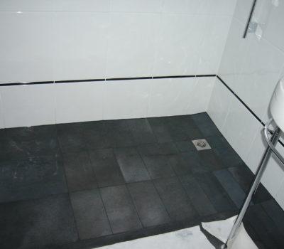 Keramik: Dachstockausbau zu neuem Badezimmer EFH